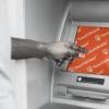 TouchShield antibakteriális és antivírus fólia ATM kijelzőn elhelyezve TEPEDE Hungária Kft.